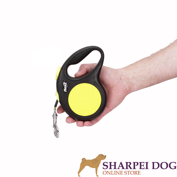 Everyday Retractable Leash Neon Design for Total Safety