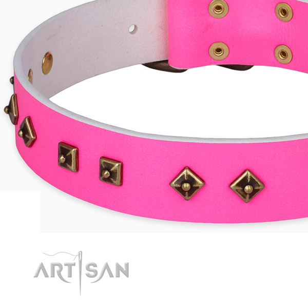 Comfortable full grain natural leather collar for your attractive doggie