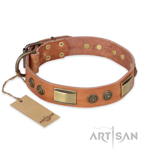 Easy to adjust natural genuine leather dog collar for fancy walking