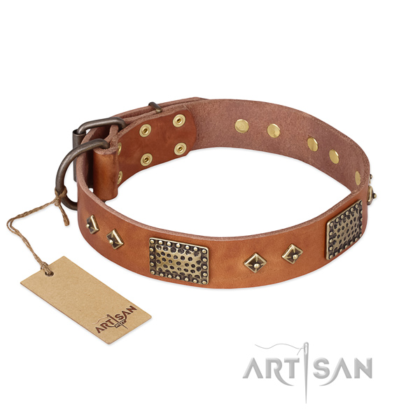 Inimitable full grain genuine leather dog collar for comfortable wearing