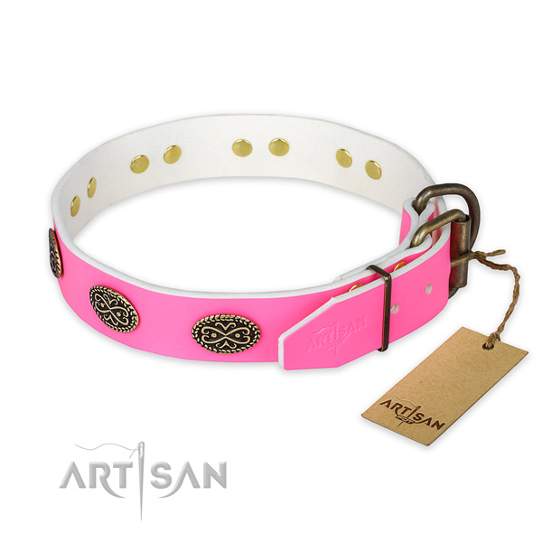 Strong embellishments on easy wearing dog collar