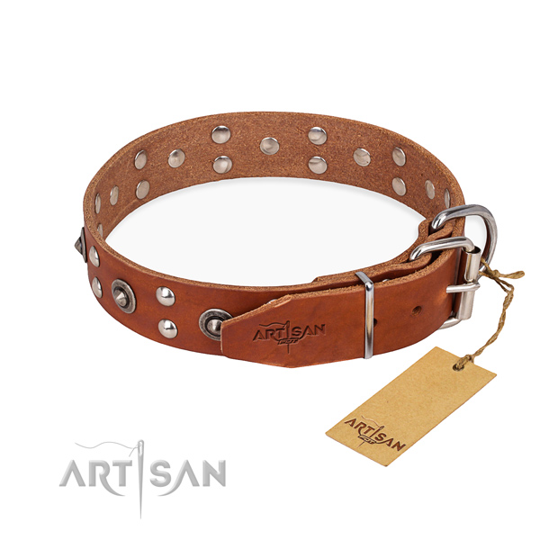 Corrosion resistant fittings on genuine leather collar for your stylish canine