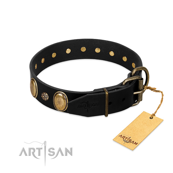 Handy use flexible natural genuine leather dog collar